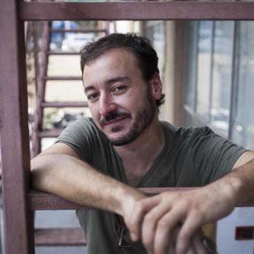 Josep Maria Miró, el dramaturg que exprem l'actualitat