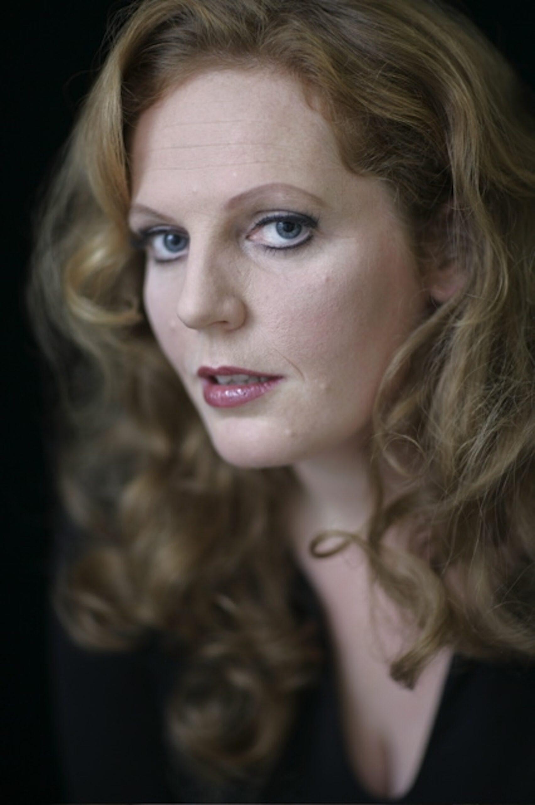 Eva-Maria Westbroek - foto color